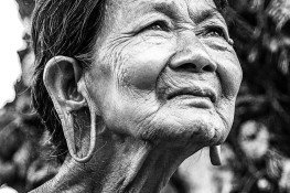 old-woman-1530123_1280